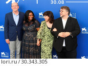 Купить «74th Venice Film Festival - 'The Shape of Water' - Photocall Featuring: Guillermo Del Toro, Richard Jenkins, Octavia Spencer, Sally Hawk Where: Venice, Italy When: 31 Aug 2017 Credit: WENN.com», фото № 30343305, снято 31 августа 2017 г. (c) age Fotostock / Фотобанк Лори