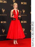 Купить «69th Emmy Awards 2017 Press Room held at the Microsoft Theatre L.A. LIVE in Los Angeles, California. Featuring: Nicole Kidman Where: Los Angeles, California...», фото № 30350953, снято 17 сентября 2017 г. (c) age Fotostock / Фотобанк Лори
