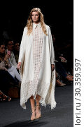 Купить «Madrid Fashion Week Spring/Autunm 2018 - Juana Martin - Catwalk Featuring: Model Where: Madrid, Spain When: 17 Sep 2017 Credit: Oscar Gonzalez/WENN.com», фото № 30359597, снято 17 сентября 2017 г. (c) age Fotostock / Фотобанк Лори