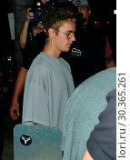 Купить «Justin Bieber leaves a church service in Los Angeles Featuring: Justin Bieber Where: Beverly Hills, California, United States When: 23 Aug 2017 Credit: WENN.com», фото № 30365261, снято 23 августа 2017 г. (c) age Fotostock / Фотобанк Лори