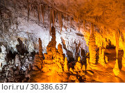 Купить «Stalactite cave Sorek in Israel, Beit Shemesh district, Judean mountains», фото № 30386637, снято 9 июня 2018 г. (c) Наталья Волкова / Фотобанк Лори