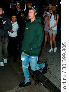 Купить «Justin Bieber leaves The Peppermint Club after attending a private church event Featuring: Justin Bieber Where: Los Angeles, California, United States When: 06 Aug 2017 Credit: WENN.com», фото № 30399805, снято 6 августа 2017 г. (c) age Fotostock / Фотобанк Лори