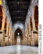 Купить «The interior of the Sheffield Cathedral's nave. Sheffield. England», фото № 30416349, снято 7 мая 2009 г. (c) Serg Zastavkin / Фотобанк Лори
