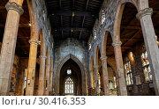 Купить «The interior of the Sheffield Cathedral's nave. Sheffield. England», фото № 30416353, снято 7 мая 2009 г. (c) Serg Zastavkin / Фотобанк Лори