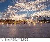 Купить «Kremlin (at night), Moscow, Russia--the most popular view of Moscow», фото № 30448853, снято 17 августа 2018 г. (c) Владимир Журавлев / Фотобанк Лори