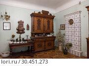 Купить «Interior room pharmacist in the pharmacy Museum, Kiev, Ukraine», фото № 30451273, снято 1 мая 2013 г. (c) Наталья Волкова / Фотобанк Лори