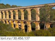 Купить «Pont de les Ferreres, Tarragona, Spain», фото № 30456137, снято 31 января 2018 г. (c) Яков Филимонов / Фотобанк Лори