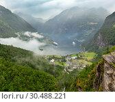Купить «Geiranger Fjord from Dalsnibba mount, Norge», фото № 30488221, снято 17 июля 2013 г. (c) Юрий Брыкайло / Фотобанк Лори