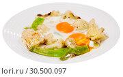 Купить «Fried eggs with boiled cauliflower», фото № 30500097, снято 16 июня 2019 г. (c) Яков Филимонов / Фотобанк Лори