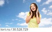 Купить «happy young woman or teenage girl with headphones», фото № 30528729, снято 29 января 2019 г. (c) Syda Productions / Фотобанк Лори