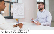 employer having interview with employee at office. Стоковое видео, видеограф Syda Productions / Фотобанк Лори