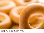 Tasty bagel. Стоковое фото, фотограф Tryapitsyn Sergiy / Фотобанк Лори