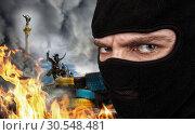Купить «Terrorist on Ukrainian Maidan», фото № 30548481, снято 28 февраля 2011 г. (c) Tryapitsyn Sergiy / Фотобанк Лори