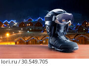 Купить «Snowboarding boot», фото № 30549705, снято 24 октября 2014 г. (c) Tryapitsyn Sergiy / Фотобанк Лори