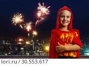 Купить «Smiling little girl in costume», фото № 30553617, снято 8 августа 2015 г. (c) Tryapitsyn Sergiy / Фотобанк Лори