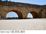 Купить «Roman aqueducts Caesarea Maritima Israel», фото № 30555469, снято 4 апреля 2019 г. (c) Знаменский Олег / Фотобанк Лори