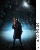Купить «Evil embodiment in hockey mask and leather coat», фото № 30563293, снято 7 ноября 2016 г. (c) Tryapitsyn Sergiy / Фотобанк Лори