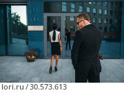 Personal guard in sunglasses and security earpiece. Стоковое фото, фотограф Tryapitsyn Sergiy / Фотобанк Лори