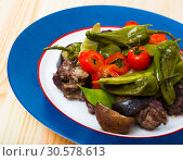 Купить «Mutton stewed in red wine with vegetables», фото № 30578613, снято 16 августа 2018 г. (c) Яков Филимонов / Фотобанк Лори