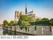 Купить «Notre Dame de Paris, France», фото № 30600281, снято 25 апреля 2011 г. (c) Sergey Borisov / Фотобанк Лори