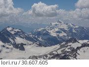 Кавказ с Эльбруса. Стоковое фото, фотограф Дмитрий Кондратьев / Фотобанк Лори