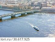 Купить «Литейный мост. Вид с аэролифта. Санкт-Петербург», фото № 30617925, снято 18 апреля 2019 г. (c) Сергей Афанасьев / Фотобанк Лори