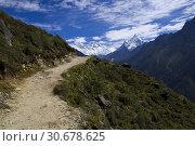 Купить «The Everest trail in the Khumbu Himalaya of Nepal.», фото № 30678625, снято 23 августа 2007 г. (c) age Fotostock / Фотобанк Лори