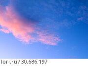 Купить «Sunset sky background with pink dramatic colorful clouds», фото № 30686197, снято 27 марта 2018 г. (c) Зезелина Марина / Фотобанк Лори