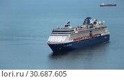 Купить «Круизный лайнер Celebrity Millennium», видеоролик № 30687605, снято 2 мая 2019 г. (c) А. А. Пирагис / Фотобанк Лори