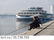 Купить «Pyongyang, North Korea. Kim Il Sung square», фото № 30738769, снято 1 мая 2019 г. (c) Знаменский Олег / Фотобанк Лори