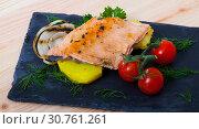 Купить «Slate with tender trout fillet, potatoes», фото № 30761261, снято 26 августа 2019 г. (c) Яков Филимонов / Фотобанк Лори