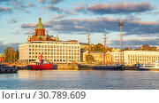 Купить «Helsinki harbor at sunset», фото № 30789609, снято 9 октября 2015 г. (c) Sergey Borisov / Фотобанк Лори