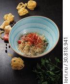 Купить «Spaghetti with cheese in a plate on the table», фото № 30818941, снято 26 марта 2019 г. (c) Алексей Кокорин / Фотобанк Лори