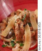 Купить «Spaghetti with cheese in a plate on the table», фото № 30818953, снято 26 марта 2019 г. (c) Алексей Кокорин / Фотобанк Лори
