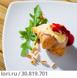 Купить «Croissant with Camembert and raspberry jam», фото № 30819701, снято 16 июня 2019 г. (c) Яков Филимонов / Фотобанк Лори
