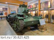 Трофейный советский танк Т-26 образца 1933 года в музее бронетехники. Парола, Финляндия (2017 год). Редакционное фото, фотограф Виктор Карасев / Фотобанк Лори