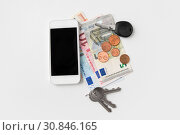 Купить «close up of smartphone, euro money and keys», фото № 30846165, снято 30 июля 2015 г. (c) Syda Productions / Фотобанк Лори