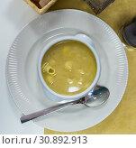 Купить «Pasta soup served in bowl», фото № 30892913, снято 21 июля 2019 г. (c) Яков Филимонов / Фотобанк Лори