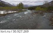 Купить «Вид на горную реку ранней весной», видеоролик № 30927269, снято 13 июня 2019 г. (c) А. А. Пирагис / Фотобанк Лори