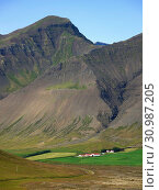 Landscape on the Thingeyri peninsula. The remote Westfjords (Vestfirdir) in north west Iceland. Europe, Scandinavia, Iceland. Стоковое фото, фотограф Martin Zwick / age Fotostock / Фотобанк Лори