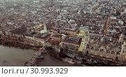 Купить «City Zaragoza on dawn. Aerial view. Spain», видеоролик № 30993929, снято 26 декабря 2018 г. (c) Яков Филимонов / Фотобанк Лори