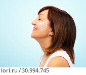 Купить «profile of smiling senior woman over white», фото № 30994745, снято 8 февраля 2019 г. (c) Syda Productions / Фотобанк Лори