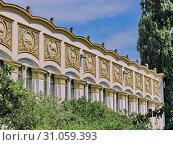 Купить «Beautiful building with decorative stucco and figures on the facade», фото № 31059393, снято 22 июля 2007 г. (c) easy Fotostock / Фотобанк Лори