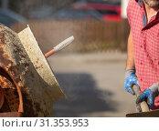 Construction site work with concrete mixer and wheelbarrows. Стоковое фото, фотограф SANDRA FOTODESIGN / easy Fotostock / Фотобанк Лори