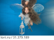 Купить «White angel with a flashlight underwater. Underwater girls pictures», фото № 31379189, снято 24 июня 2019 г. (c) Некрасов Андрей / Фотобанк Лори