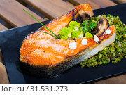 Купить «Deliciously steak of fried salmon with with broccoli on plate», фото № 31531273, снято 17 июля 2019 г. (c) Яков Филимонов / Фотобанк Лори