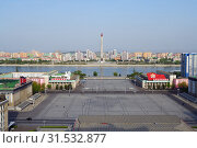 Купить «Pyongyang, North-Korea. Kim Il Sung square», фото № 31532877, снято 1 мая 2019 г. (c) Знаменский Олег / Фотобанк Лори