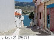 The streets of the town of Chora (Cyclades, Andros Island, Greece) (2019 год). Стоковое фото, фотограф Татьяна Ляпи / Фотобанк Лори