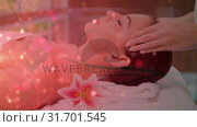 Купить «Pretty woman getting a massage», видеоролик № 31701545, снято 6 ноября 2018 г. (c) Wavebreak Media / Фотобанк Лори