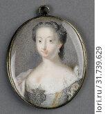 Купить «Anne, Princess Royal and Princess of Orange, Anna van Hannover, 1709-59, wife of prins Willem IV, attributed to Gerrit Kamphuysen, 1753 - 1760, Portrait miniature», фото № 31739629, снято 16 ноября 2014 г. (c) age Fotostock / Фотобанк Лори